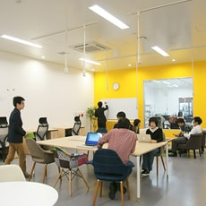 COWORKING SPACE コワーキング